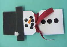 Snowman Candy Favor: made with Envelope Punch Board. Click through for dimensions and instructions :-D