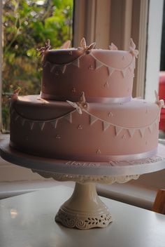 Butterfly birthday cake by Bath Baby Cakes, via Flickr