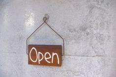 open 看板 お店の入口に。【P001】無垢材のopen(close)看板です。重厚感あるウリン材です。くるっと回すとopen~closeに。時間とともにお...|ハンドメイド、手作り、手仕事品の通販・販売・購入ならCreema。 Creema, Handmade, Decor, Tutorials, Hand Made, Decoration, Decorating, Handarbeit, Deco