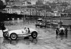 Louis Chiron (Mercedes-Benz W25K), Bernd Rosemeyer (Auto Union C) & Giuseppe Farina (Alfa Romeo 8C) Grand Prix de Monaco 1936 - source (ph. © Imagno) via UK Racing History.