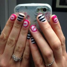 I love the combinations that are so easily done with Jamberry Nails! Check out that manicure! Love it and done at home.