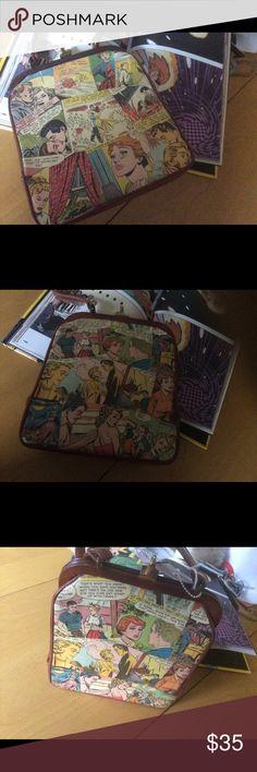 Vintage handbag, animated Vintage animated handbag super cute Bags Clutches & Wristlets