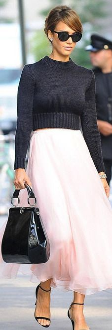 Alba and that pink skirt! Be Inspirational ❥|Mz. Manerz: Being well dressed is a beautiful form of confidence, happiness & politeness