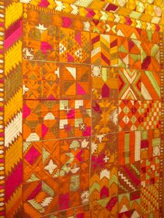 Love the bold and bright pattern! Citrus-inspired and fun!