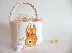 Peter Rabbit Easter Basket with Vintage Beatrix Potter Fabric #2014 #diy #easter #basket #ideas www.loveitsomuch.com