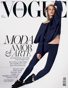 Moda, amor y arte con Suvi Koponen en portada de #VogueFebrero