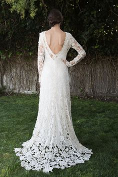 These 15 crocheted wedding dresses will have you trading silk for wool in no time.