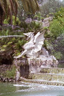 Dragon Fountain   Dragon Fountain, Barcelona