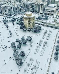Wintertime in beautiful Thessaloniki, Macedonia, Greece Air France, Wonderful Places, Beautiful Places, Greece Pictures, Paradise On Earth, Winter Scenes, Crete, Amazing Destinations, Aerial View