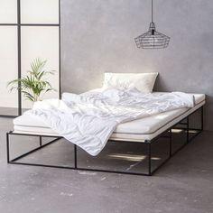 Schwarzes Metallbett - Schwarzes Stahlbett - back metal bed - minimalistisch - minimalist - Industriedesign - industrial design - monoqi