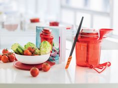 Move over electric food processor! Our Extra Chef with Pull Cord is the time-saving solution to chop, puree, and whisk a variety of ingredients for your next recipe. #Tupperware