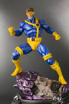 Marvel Fine Art Statue 1/6 Cyclops (X-Men Danger Room Sessions) - The Movie Store