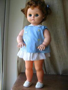 la poupée Bella, Grande nova 1960 - 60 cm...... j avais exactement la même !!!……re pinned by Maurie Daboux 웃╰☆╮