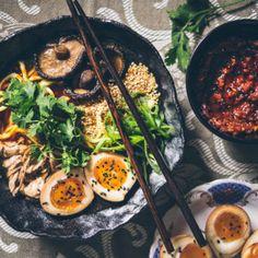 MOzartovy JEdnoduché KOULE | Zásadně zdravě – Jana Králiková Tahini, Kimchi, Pho, Granola, Soup, Ethnic Recipes, Soups, Muesli