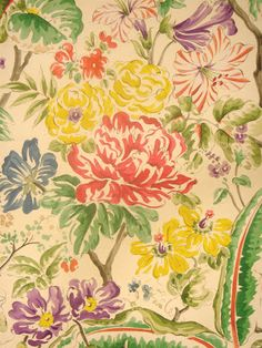 Margot by Clarence House: The Peak of Chic®: Diana Vreeland Wallpaper Decor, Love Wallpaper, Pattern Wallpaper, Floral Motif, Floral Prints, Clarence House, Diana Vreeland, Upholstery, Textiles