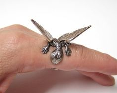 Dragon Ring dragon body wrap around finger sw von chinookhugs