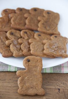 Groundhog Day Molasses Cookies   Wishes and Dishes