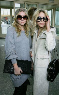 Mary-Kate & Ashley Olsen: All hail the fashion queens' style Mary Kate Ashley, Mary Kate Olsen, All Black Fashion, Fashion Line, Fashion Wear, Ashley Olsen Style, Olsen Twins Style, Fashion Week Paris, Olsen Fashion