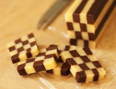 Step by Step Instructions for Black and White Checkerboard Cookies