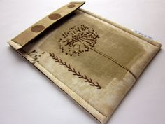 kindle fire sleeve or kindle keyboard case - hand embroidered gadget cover - muted brown queen anne's lace - quilt lined slim design