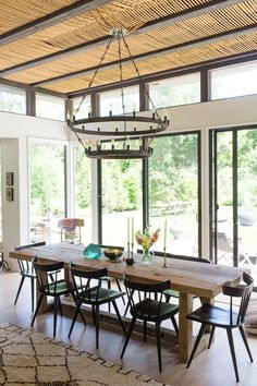 Beautiful dining table! Chloe Crespi Photography... Love the whole room