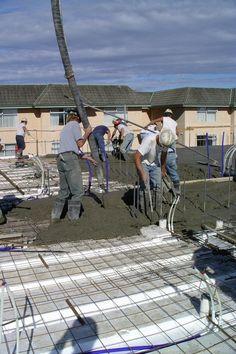 Photos - Floors, Roofs and Tilt-Up with Insulating Concrete Forms (ICF) World Of Concrete, Insulated Concrete Forms, Eco Homes, House Foundation, Underground Homes, Residential Construction, House Building, Civil Engineering, Concrete Floors