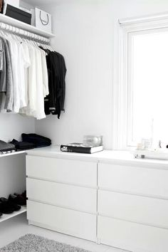 White closet space. Via expensivelife™ - Organize in #KlaserApp ‪#‎Iphoneapps‬ or ‪#‎stufforganizer