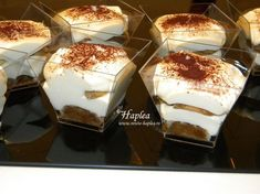 Food Cakes, Tiramisu, Mini, Panna Cotta, Cake Recipes, Biscuits, Food And Drink, Cooking Recipes, Pudding