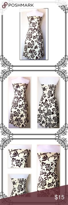 "Strapless dress 33"" Bust to Hem // Back zip // 97% cotton 3 %spandex // sone stretch. Excellent like new condition. B. Darlin Dresses"