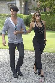 grand hotel tv series stars: Amaia Salamanca and Yon Gonzalez!