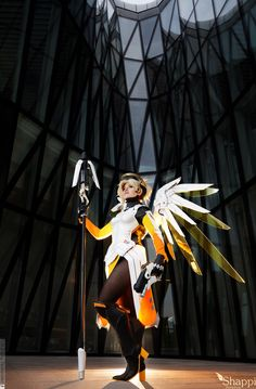 I'm biased here, since she's my main, but Mercy has the best in a game full of great character designs. So of course, when someone pulls off quality Mercy cosplay, it's a sight to behold.