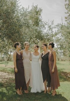 LAUREN +  ETHAN // the dresses are to die for. simple & elegant.