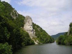 Statue of Decebal (Dacian king) - along the Danube Romania Travel, Bucharest Romania, Danube River, Sword And Sorcery, Belleza Natural, Eastern Europe, Places To Go, Scenery, Around The Worlds
