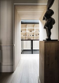 Connolly shop / residence by Gilles & Boissier