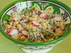 Recette Entrée : Salade de semoule aux asperges, radis et tomates confites par Kilometre-0