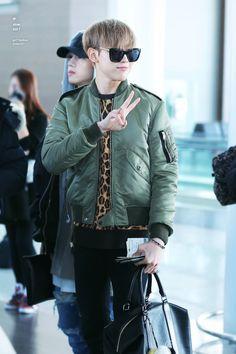 That sly leopard print though Yugyeom, Youngjae, Got 7 Bambam, Jaebum, Jinyoung, Jackson, Airport Style, Airport Fashion, Got7 Mark