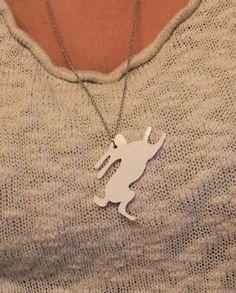 RETRO-pasteller    Bunny neacklace Arrow Necklace, Bunny, Retro, How To Make, Jewelry, Cute Bunny, Jewlery, Jewerly, Schmuck