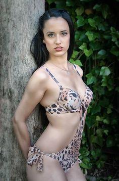 Trikini Leopardo Antigel 2014. Trikini animal print . #leopard #trikini #monokini #Fashion #animalprint #Antigel #beachwear #felino #tigre