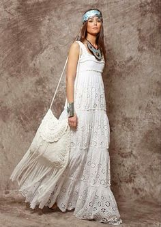 White - BEYOND STUNNING!! - SHE LOOKS ABSOLUTELY GORGEOUS, FROM THE SCARFE IN HER HAIR TO HER GLORIOUS LARGE BAG!! - THE DRESS IS ABSOLUTELY MAGICAL!