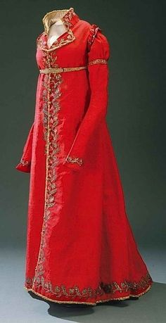 """""""This gown used to be white before I was called into battle and bathed in the blood of my enemies."""""""