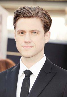 Aaron Tveit Oscars 2013