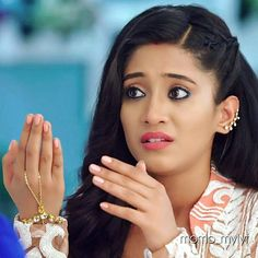 This mendhak tadpole tadpoli sherni explanation was just And her expressions and actions ❤️❤️ Strictly no repost. Indian Film Actress, Best Actress, Shivangi Joshi Instagram, Kartik And Naira, Kaira Yrkkh, Cutest Couple Ever, Cute Bears, Everyday Hairstyles, Celebs
