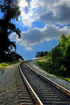 Time for a trip on a train to somewhere. Train Tracks, Train Rides, Beautiful World, Beautiful Places, Old Trains, Tarzan, Train Station, Railroad Tracks, Railroad Bridge