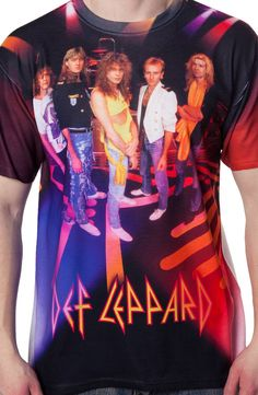 This sublimation Def Leppard shirt features a group photograph of the hard rock legends. With hits that span multiple decades, Def Leppard have become one of the world's best-selling music artists. Rock And Roll Bands, Rock N Roll Music, Band Outfits, Rock Outfits, Vivian Campbell, Phil Collen, Sublime Shirt, Joe Elliott, Def Leppard