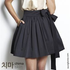Today's word is 치마 (chima) or skirt. 짧은 치마 (jjalbeun chima) - Miniskirt