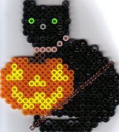 Black cat Halloween hama perler beads -Leah's crafts and doodads Hama Beads Halloween, Halloween Crafts, Halloween Decorations, Pearler Beads, Fuse Beads, Nightmare Before Christmas, Bead Crafts, Arts And Crafts, Creepy