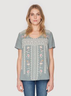 Johnny Was Clothing JWLA embroidered Linney Linen T-Shirt in Shale Grey