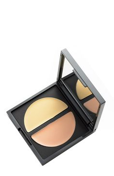 ECRU New York's ability to repair damaged hair while creating style for trends and fashion has made it a favorite choice among models and fashion designers. Fair Lawn, Too Faced Concealer, Damaged Hair Repair, Eye Makeup Tips, How To Apply Makeup, Eye Make Up, Salons, Makeup Looks, Hair Care