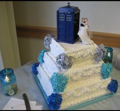 Tardis Wedding Cake Topper | Dr Who Tardis with bride and groom as cake topper... Bought tardis on ...