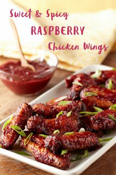 Sweet and Spicy Raspberry Chicken wings are a wonderful appetizer recipe that is. - Recipes to Cook - Sauce Chicken Wing Sauces, Chicken Wing Recipes, Chicken Wings, Sauce Recipes, Meat Recipes, Appetizer Recipes, Cooking Recipes, Chicken Wingettes, Snacks
